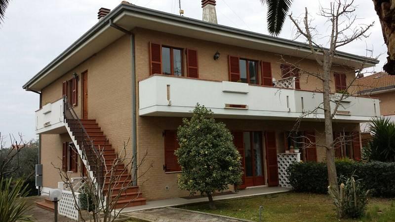Casa bi-familiare a Marina Palmense ( Fermo )